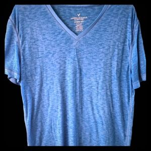 HOT American Eagle V-Neck T-Shirt